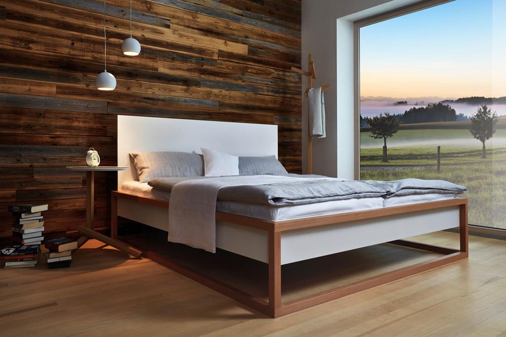 Schlafzimmer und Bett von der Tischlerei Pühringer, Reichenthal.